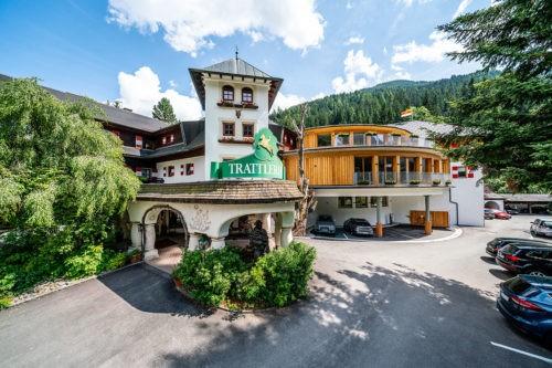 Hotel Trattlerhof: Alpines Abschlagen mit Ausblick in Bad Kleinkirchheim